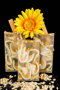 Oatmeal Milk & Honey Clear Glycerin Soap